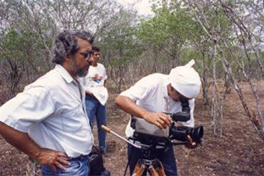 O diretor Alex Santos e equipe gravando Balduino Lélis (D) em Remake - A história de um reinício.